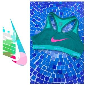 Nike Hypercool Pro DriFit girl's sports bra (M)